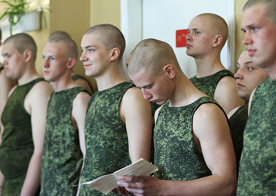 отправили в армию в 18 лет контингентов